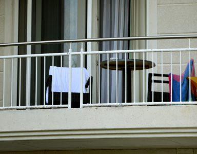 einfaches Stahlgeländer Balkone