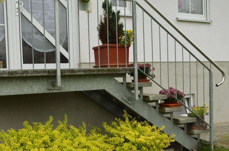 Treppengeländer Hauseingang